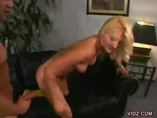 Stacy thorn bends πέρα για dong μέσα αυτήν