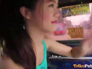 E lezetshme filipin shumë i ri teenager mitch nga trikepatrol