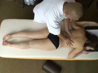 Mosaic: žena reluctant orgazem med masaža 2