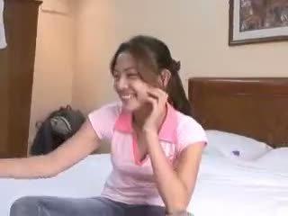 Filipina virgin gets deflowered em camera por pervertida