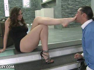 Πόδι femme fatale mov