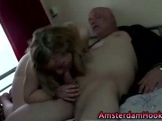 Блондинки реален аматьори amsterdam курва