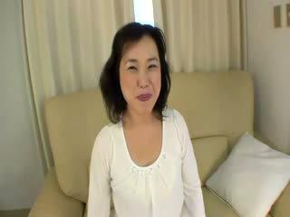 Vecchio orientale prostituta gets felled su su il divano