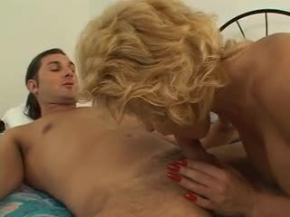 Mature blonde sucks dick then gets pussy licked and fucked