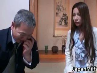 Anri suzuki възбуден извратен азиатки майка part1