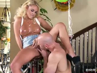 all oil, more pussy fucking, any shaved vid