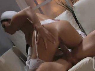 Dari mulut untuk alat kemaluan wanita seks