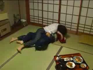 יפני molested על ידי שלה husbands אח וידאו