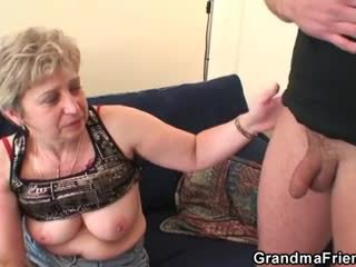 ยาย takes two cocks หลังจาก masturbation
