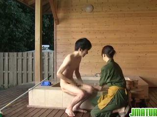 Japoneze gal është me erëza në sensuous porno