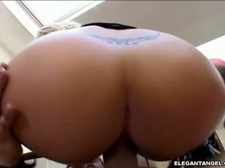Fat Assed GeorGia Peach Sits Her Wet Hole On A Meatstick MAking It Explode