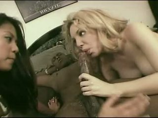 Pecker Juicers Jade Marcela And Kiki Daire Work Large Dark Lollipop