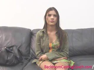 Adolescenta insemination pe auditie canapea
