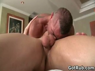 Massage pro in diep anaal wrecking homosexual porno