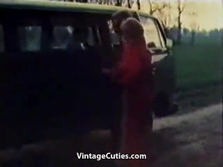 غريب فتاة fingered في ل سيارة