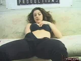 amazing Kayla Paige pokes her Pussy