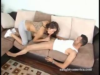 Cock Lover Daisy Dukes Takes A Strong Pole In And Out Her Mouth Like A Sweetmeat
