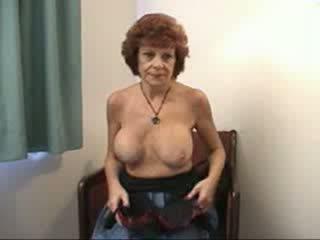 Rinnakas vanaema sucks ja fucks