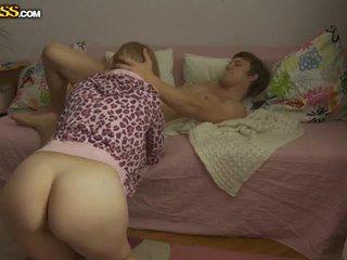 شاب شقراء فتاة pounded بواسطة لها boyfriend