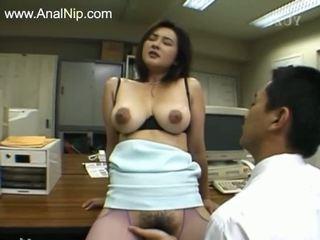 Τέλειο μαλλιαρό πρωκτικό σεξ από κορεατικό