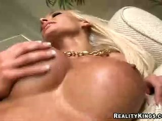 Lichelle Marie Gets Sprayed With A Wam Jizz On Her Big Balloons