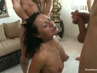 Sandra romain coquette có cumming drops từ một cay chaps