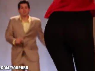 Lexi's ass looks so good in leggings