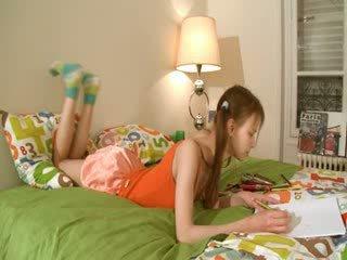 讨厌 homework 的 智能 teenager