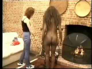 The negru girl's a bate