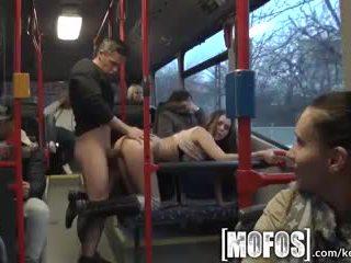 Mofos - bonnie shai gets pounded päällä the bussi
