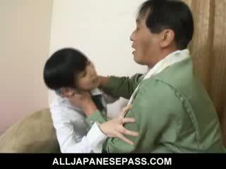 Minami asaka 美しい アジアの 人形 plays とともに 彼女の 大きい vegetables