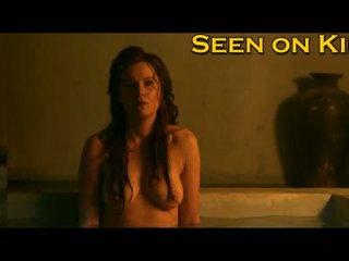 Lucy lawless y viva bianca mojada y topless vídeo