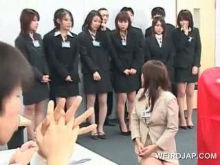 एशियन सेक्स seminar साथ टीन लड़कियां giving bjs