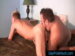 Blond ist getting seine hintern rimmed von bär von gaypridevault