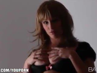 moro brunette se, saftig online, hot babes kvalitet