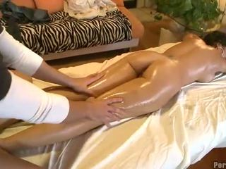 Wild vingeren gedurende heet massage