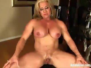 Buff Mature female bodybuilder Wanda Moore