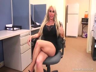fun girl with no legs porn polna, preveri holly halston birth hq, holly halston taking big preveri