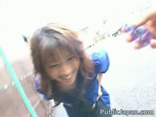 Hinano verbazingwekkend jap chick is geneukt