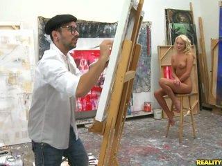 An artist keres mert egy modell hogy paint