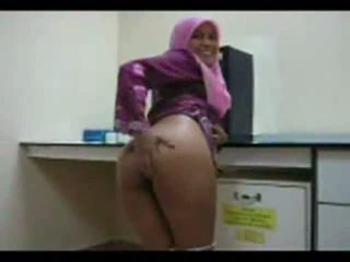 Playful Arab chick shows off her ass for sex Video