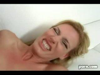 Hot Mommie Darryl Hanah Slobbers Schlong And Rides Hig Hard Wang