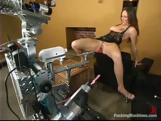 Eager For Ass Venus Has It From A Bonking Machine