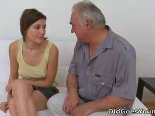 Joli dhe grej nxehtë adoleshencë porno