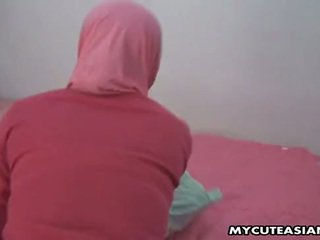 Bela árabe miúda being fodido assim difícil em dela cona.