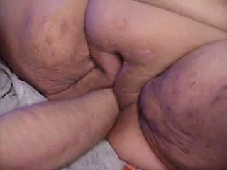 Fist BBW's hungry pussy Video