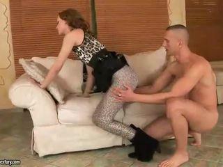 Gitta berambut pirang enjoys seksi kaki seks