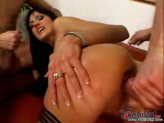 Sarah Twain loves ass to mouth action