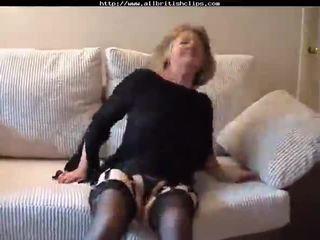 Adorabile inglese nonnina gets scopata amp does anale inglese euro brit europeo cumshots ingoio di sborra