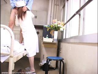 גברת אחות ו - ישן farts מציצן סקס